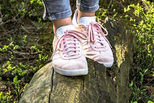 Undvik problem med fötterna bland dina anställda